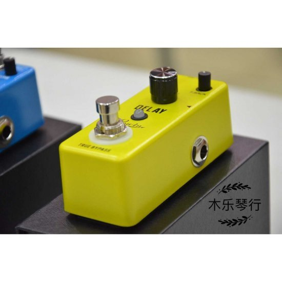 Rowin Analog Delay LEF-314 Guitar Effects Pedal
