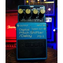 Boss Digital Pitch Shifter/Delay PS-2 (Used)